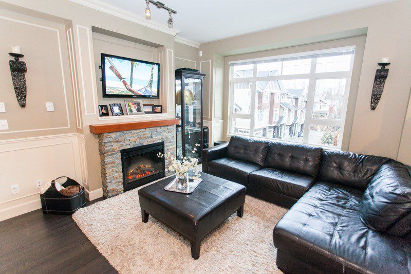 "Main Photo: 48 2979 156TH Street in Surrey: Grandview Surrey Townhouse for sale in ""Enclave"" (South Surrey White Rock)  : MLS®# R2024120"