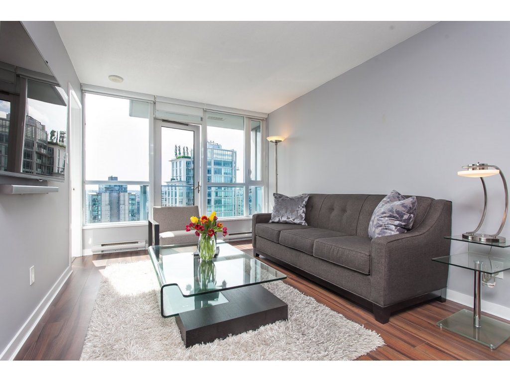 """Main Photo: 2605 833 SEYMOUR Street in Vancouver: Downtown VW Condo for sale in """"CAPITOL RESIDENCES"""" (Vancouver West)  : MLS®# R2064334"""