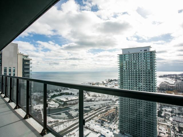 Main Photo: 3505 56 Annie Craig Drive in Toronto: Mimico Condo for sale (Toronto W06)  : MLS®# W3706891