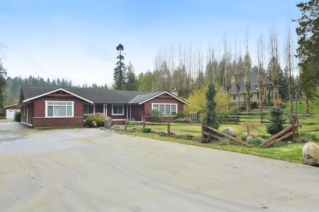 """Main Photo: 24140 63 Avenue in Langley: Salmon River House for sale in """"SALMON RIVER"""" : MLS®# R2157215"""