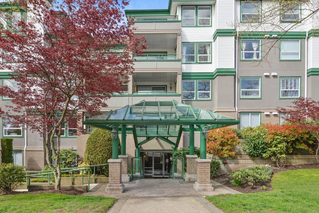 "Main Photo: 208 1575 BEST Street: White Rock Condo for sale in ""THE EMBASSY"" (South Surrey White Rock)  : MLS®# R2160184"