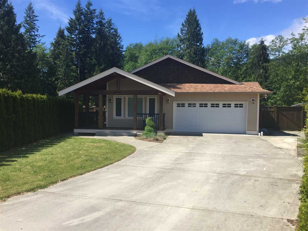 """Main Photo: 1448 MOONDANCE Place in Gibsons: Gibsons & Area House for sale in """"Georgia Crest"""" (Sunshine Coast)  : MLS®# R2171046"""