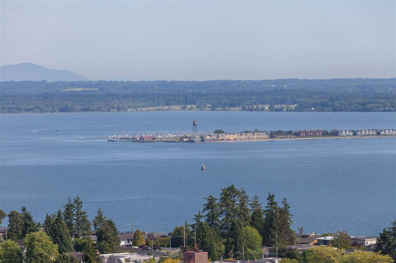 "Main Photo: 1301 1473 JOHNSTON Road: White Rock Condo for sale in ""Miramar Towers"" (South Surrey White Rock)  : MLS®# R2174785"