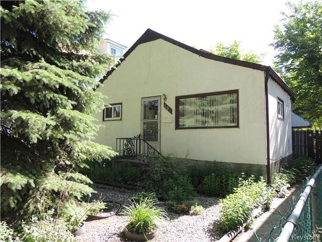 Main Photo: 601 Alverstone Street in Winnipeg: Residential for sale (5C)  : MLS®# 1716231
