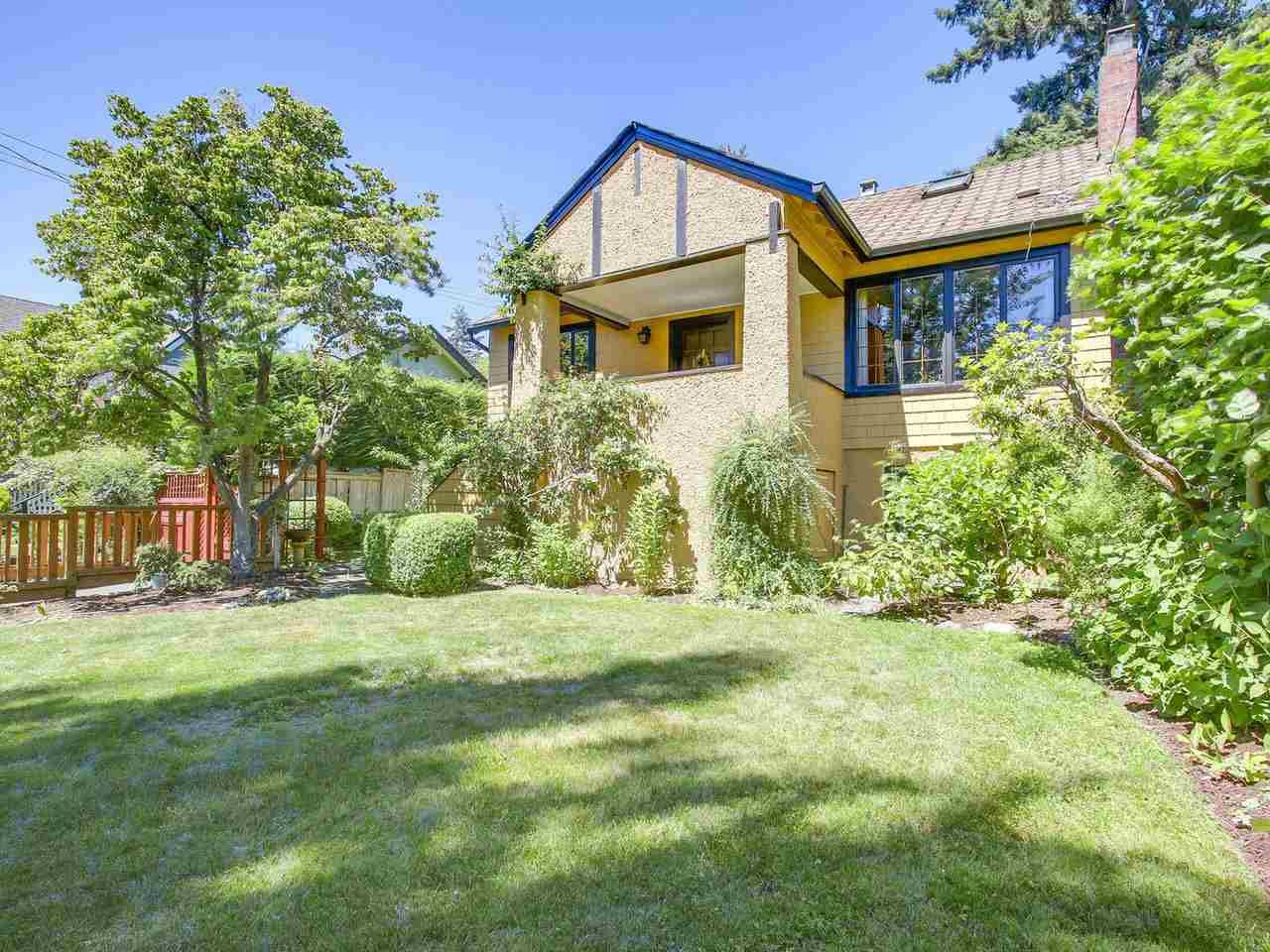 Main Photo: 3335 W 40TH Avenue in Vancouver: Dunbar House for sale (Vancouver West)  : MLS®# R2189527