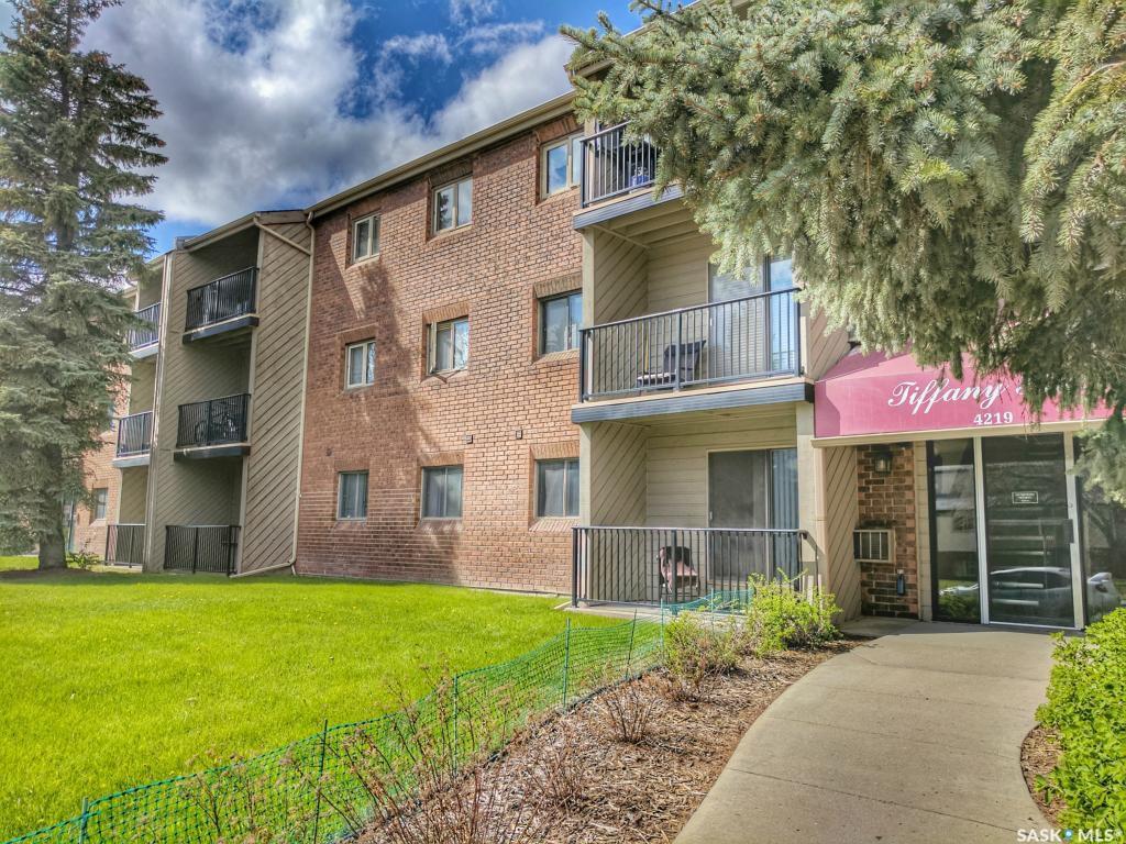 Main Photo: 11 4219 Degeer Street in Saskatoon: East College Park Residential for sale : MLS®# SK719745