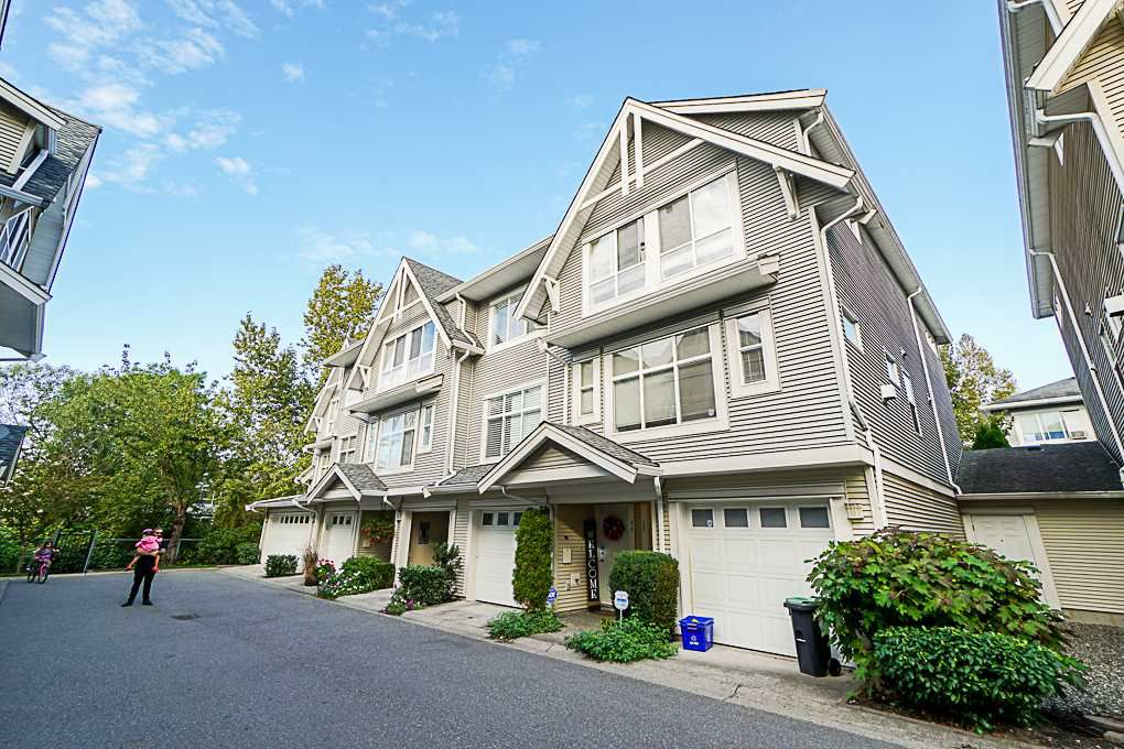 Main Photo: 44 6450 199TH Street in Langley: Willoughby Heights Townhouse for sale : MLS®# R2330207
