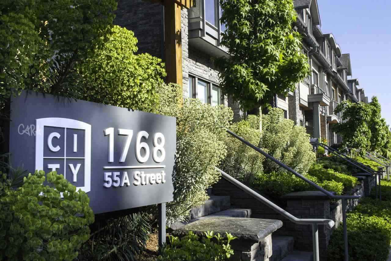 """Main Photo: 305 1768 55A Street in Tsawwassen: Cliff Drive Townhouse for sale in """"CITY HOMES NORTHGATE"""" : MLS®# R2351438"""