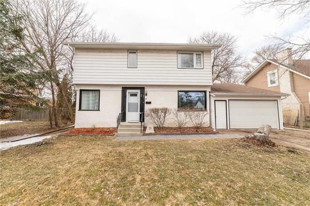 Main Photo: 21 Mager Drive in Winnipeg: Elm Park Residential for sale (2C)  : MLS®# 1907591