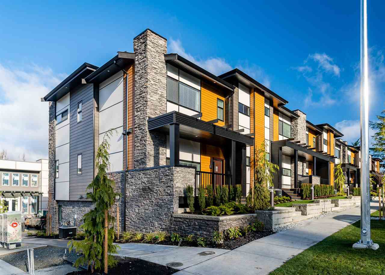 "Main Photo: 45 33209 CHERRY Avenue in Mission: Mission BC Townhouse for sale in ""58 on CHERRY HILL"" : MLS®# R2365766"