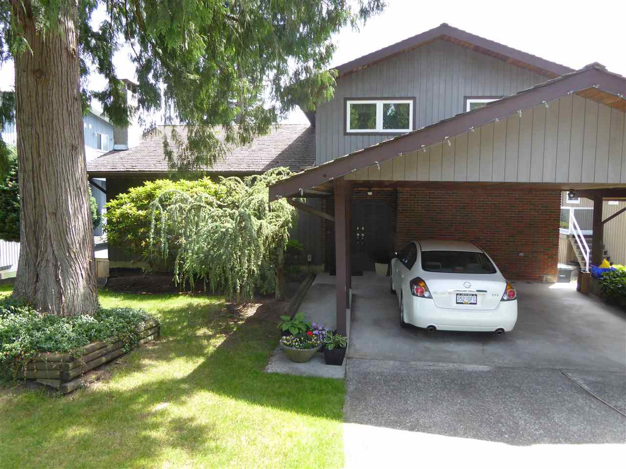 "Main Photo: 2516 ASHURST Avenue in Coquitlam: Coquitlam East House for sale in ""DARTMOOR"" : MLS®# R2375431"