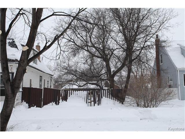 Main Photo: 266 COLLEGIATE Street in WINNIPEG: St James Residential for sale (West Winnipeg)  : MLS®# 1401663