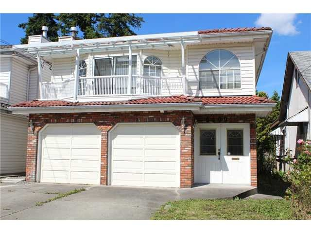 "Main Photo: 6499 DENBIGH Avenue in Burnaby: Forest Glen BS House for sale in ""FOREST GLEN"" (Burnaby South)  : MLS®# V1064891"