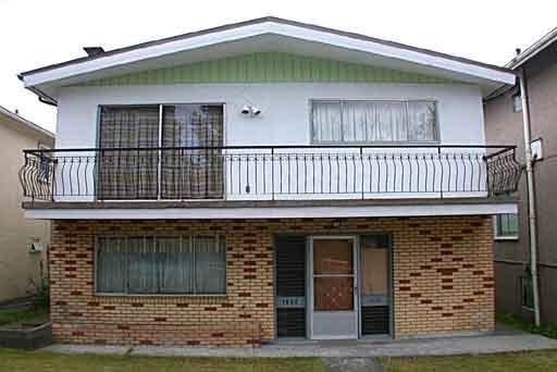 Main Photo: 1960 E 1ST AVENUE in : Grandview VE House for sale : MLS®# V347621