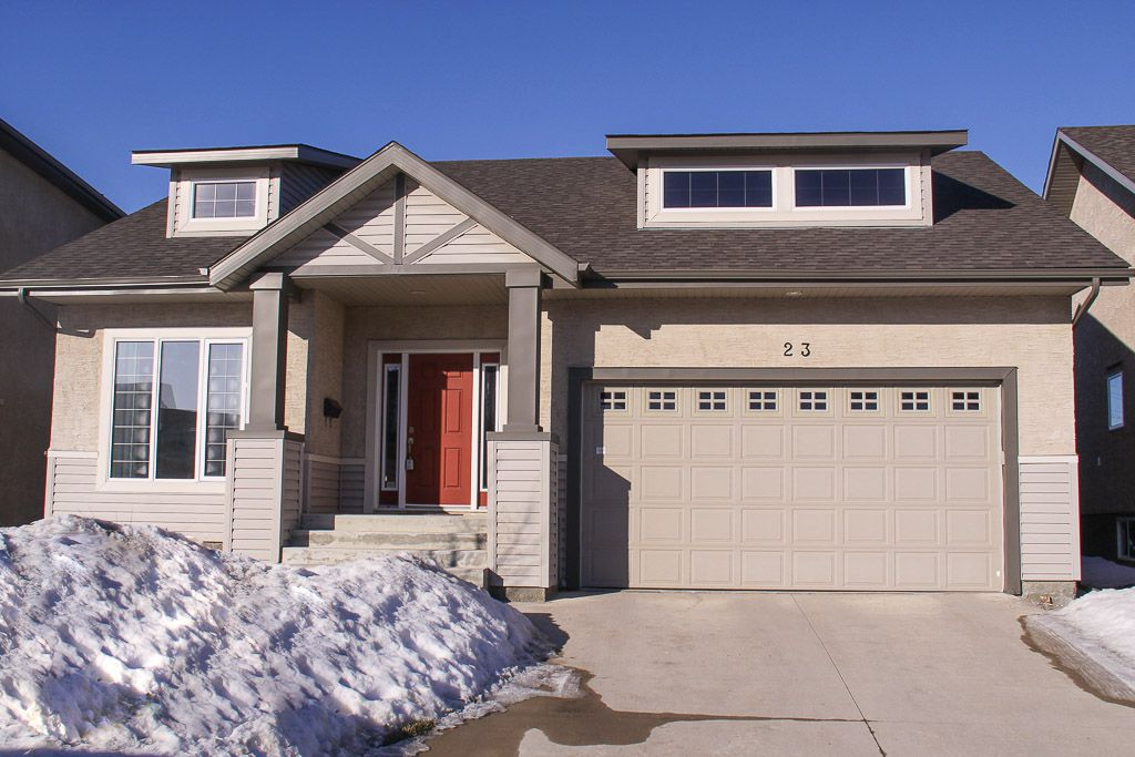 Main Photo: 23 Appletree Crescent in Winnipeg: Bridgwater Forest Residential for sale (1R)  : MLS®# 1702055