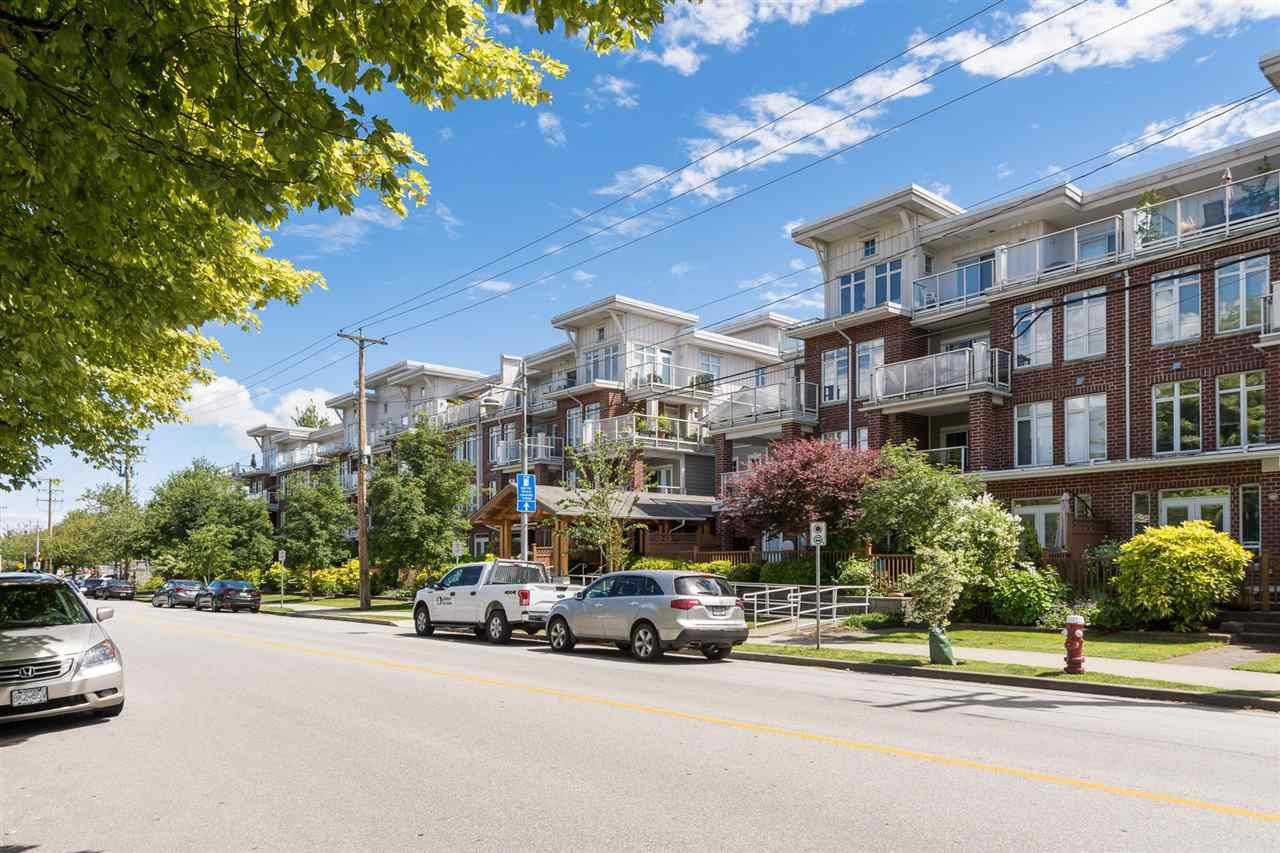 """Main Photo: 419 4280 MONCTON Street in Richmond: Steveston South Condo for sale in """"THE VILLAGE AT IMPERIAL LANDING"""" : MLS®# R2193580"""