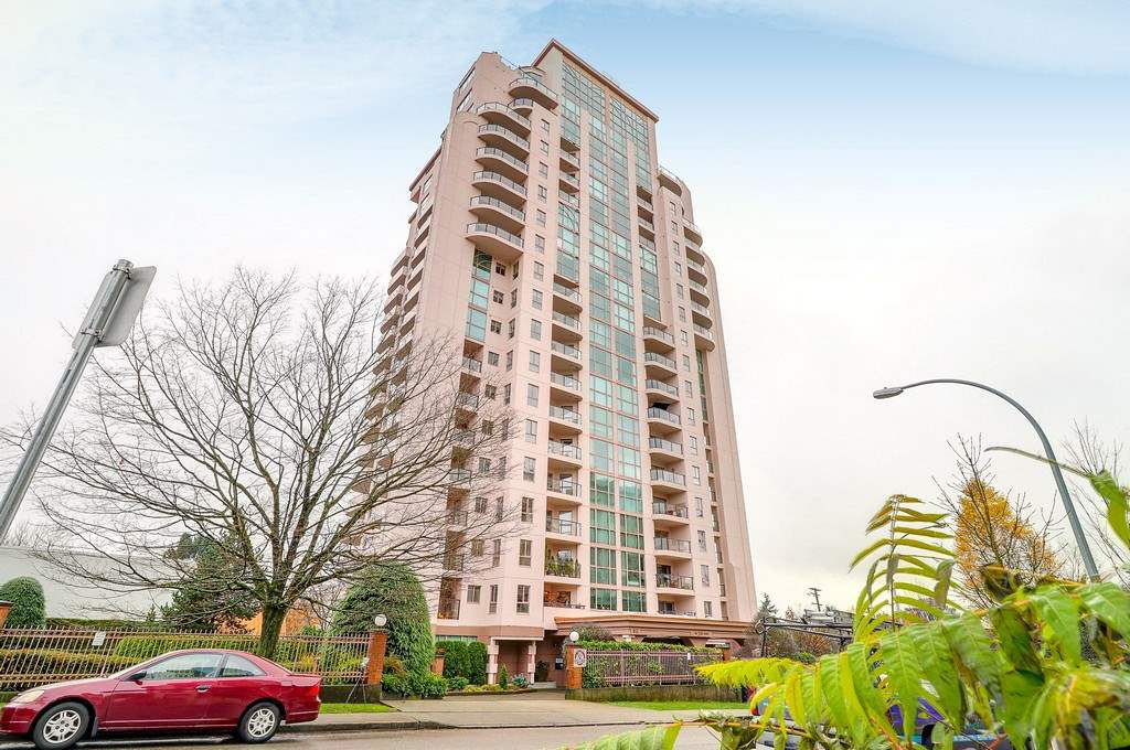 Main Photo: 506 612 FIFTH Avenue in New Westminster: Uptown NW Condo for sale : MLS®# R2223962