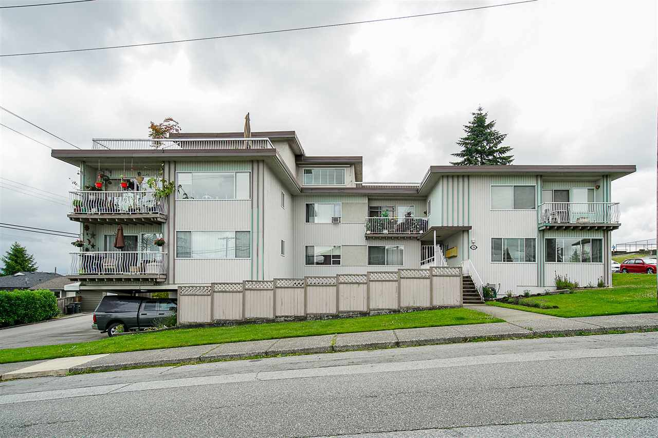 "Main Photo: 204 550 N ESMOND Avenue in Burnaby: Vancouver Heights Condo for sale in ""HARBOUR VIEW TERRACE LTD"" (Burnaby North)  : MLS®# R2306964"