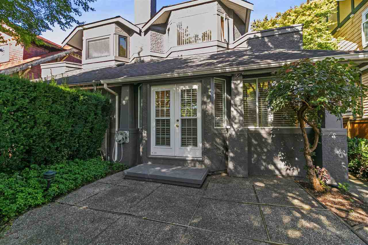 Main Photo: 1815 W 15TH Avenue in Vancouver: Kitsilano House 1/2 Duplex for sale (Vancouver West)  : MLS®# R2309144