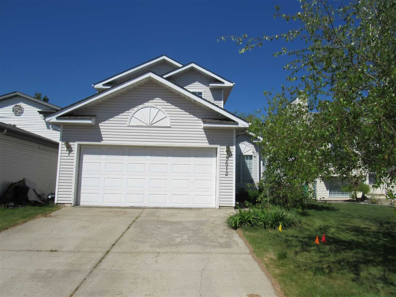 Main Photo: 5612 190A Street in Edmonton: Zone 20 House for sale : MLS®# E4133624