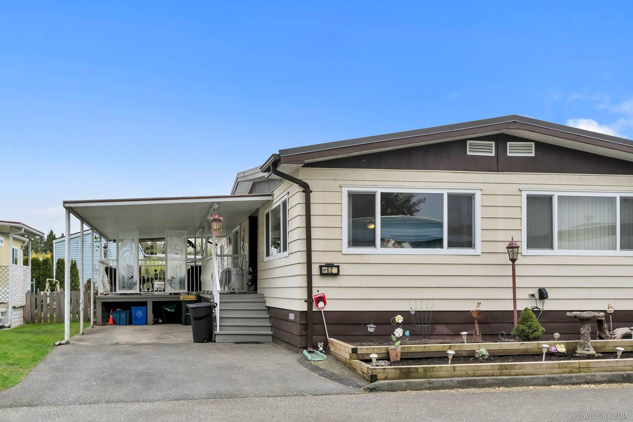 "Main Photo: 62 8254 134 Street in Surrey: Queen Mary Park Surrey Manufactured Home for sale in ""WESTWOOD ESTATES"" : MLS®# R2356776"