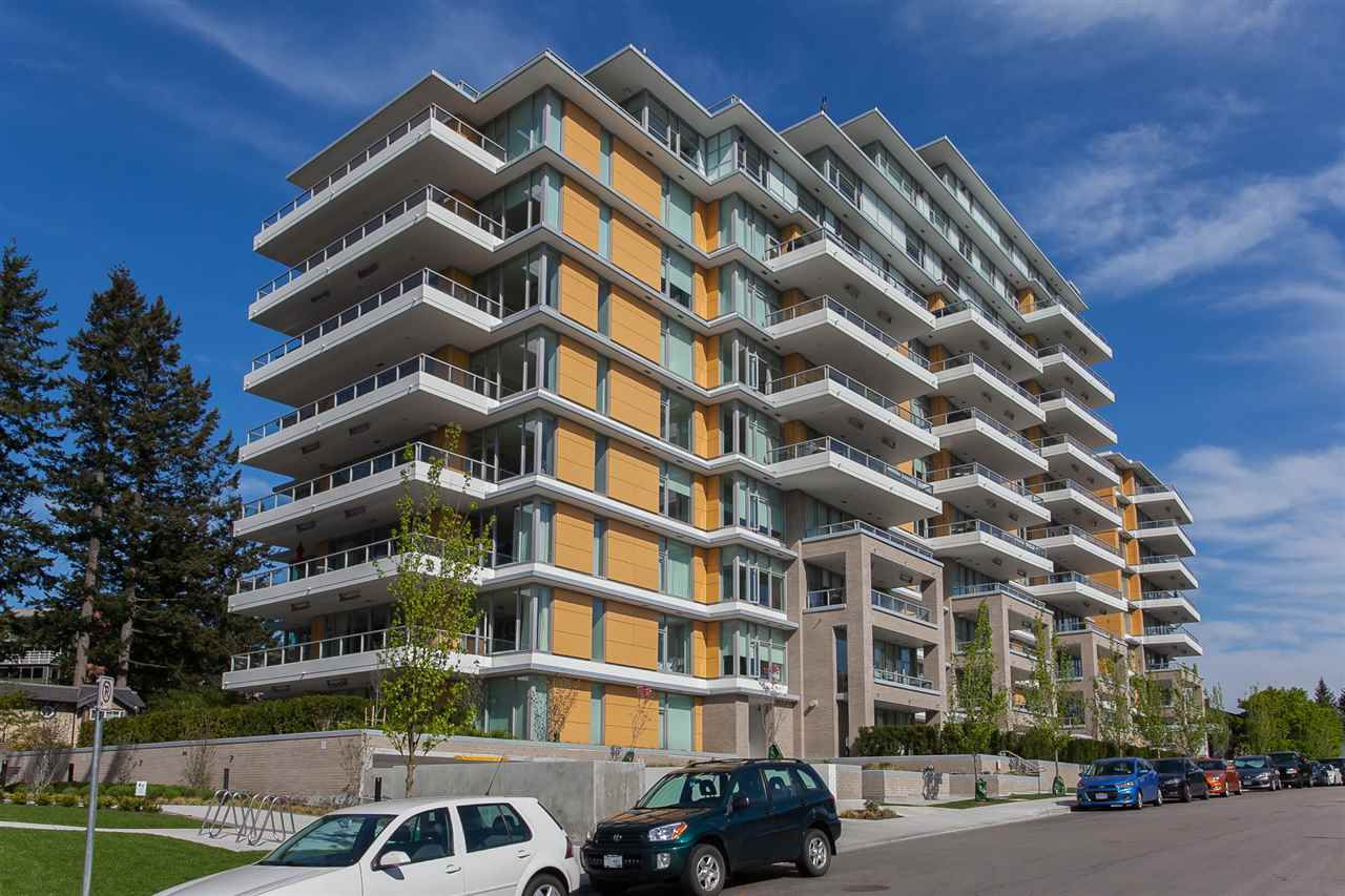 """Main Photo: 202 1501 VIDAL Street: White Rock Condo for sale in """"Beverley"""" (South Surrey White Rock)  : MLS®# R2375338"""