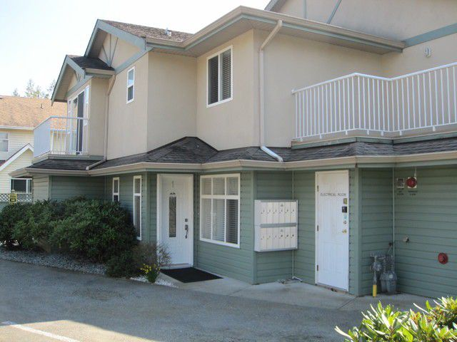"""Main Photo: 10 20258 MICHAUD Crescent in Langley: Langley City Townhouse for sale in """"TUDOR PLACE"""" : MLS®# F1400022"""