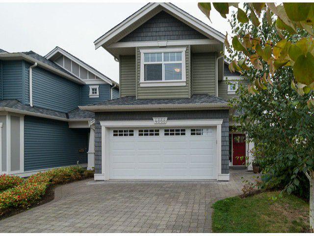 Main Photo: 4868 53RD Street in Ladner: Hawthorne House for sale : MLS®# V1089139