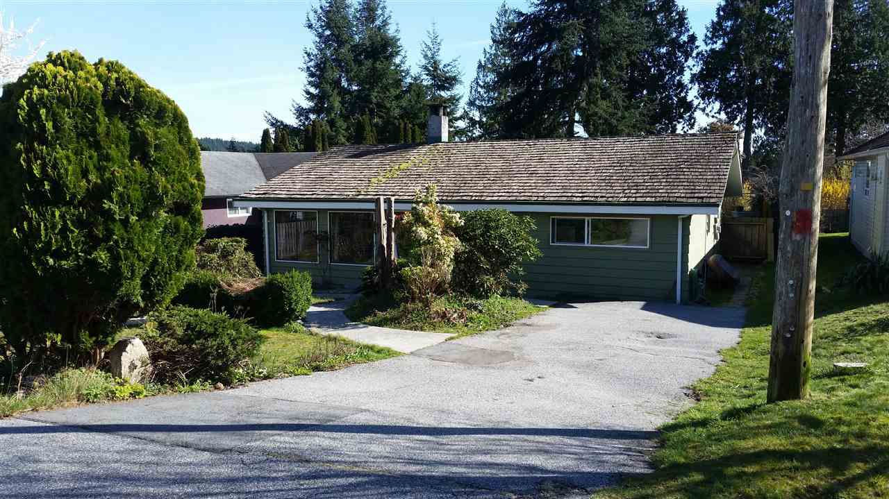 Main Photo: 5805 ANCHOR Road in Sechelt: Sechelt District House for sale (Sunshine Coast)  : MLS®# R2047617