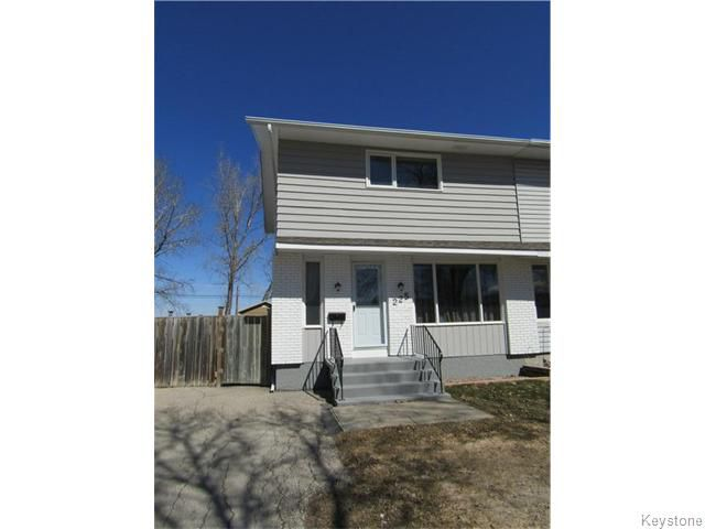 Main Photo: 225 Lake Ridge Road in Winnipeg: Westwood / Crestview Residential for sale (West Winnipeg)  : MLS®# 1608413