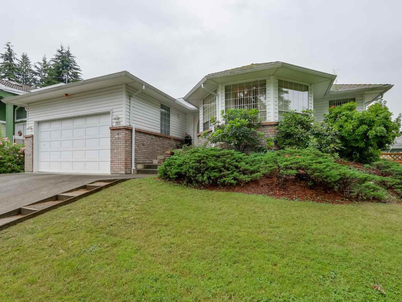 Main Photo: 725 ROBINSON Street in Coquitlam: Coquitlam West House for sale : MLS®# R2080474
