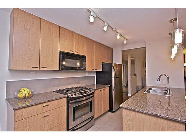 Main Photo: 2202 7063 HALL Avenue in Burnaby: Highgate Condo for sale (Burnaby South)  : MLS®# R2091101