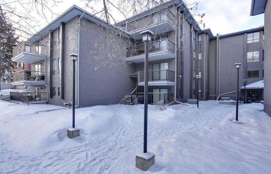 Main Photo: 106 819 4A Street NE in Regal Manor: Apartment for sale : MLS®# C3611396