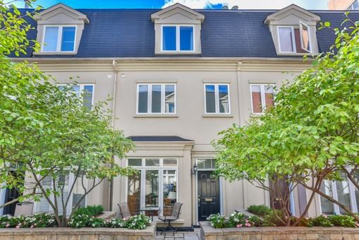 Main Photo: 10 Luscombe Lane in Toronto: Church-Yonge Corridor House (3-Storey) for sale (Toronto C08)  : MLS®# C3632540