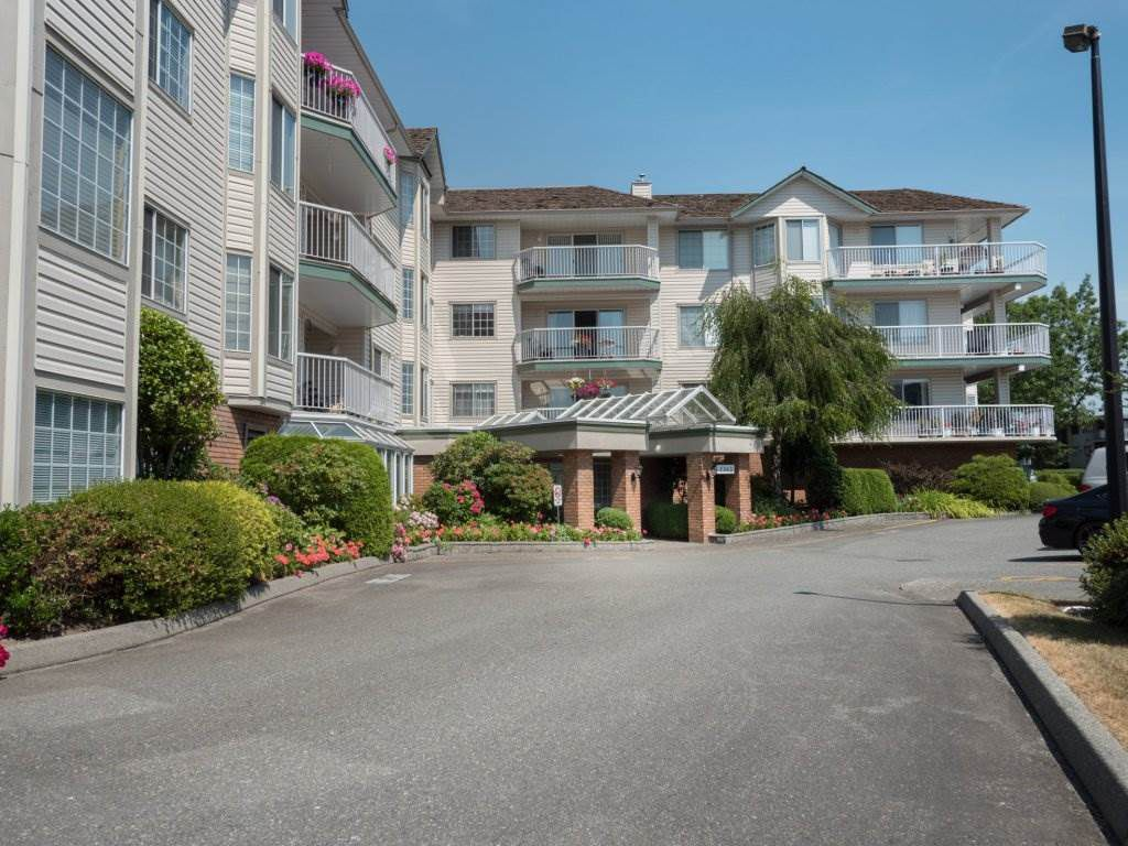 "Main Photo: 202 5363 206 Street in Langley: Langley City Condo for sale in ""Park Estates II"" : MLS®# R2188125"