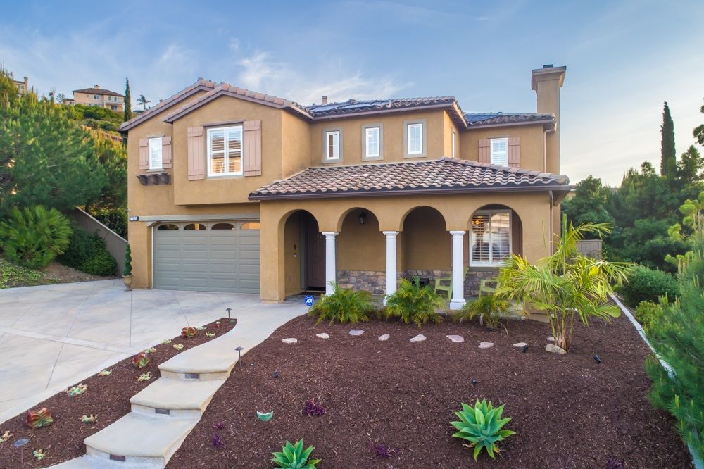 Main Photo: LA MESA House for sale : 4 bedrooms : 7785 HIGHWOOD AVE