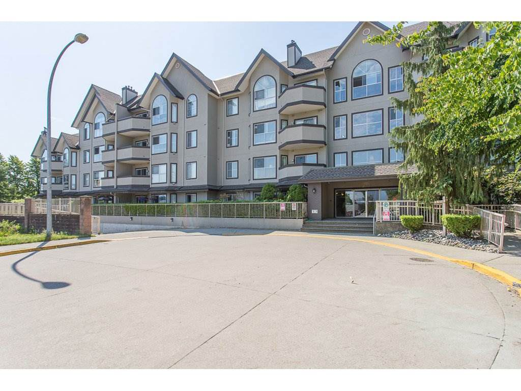 "Main Photo: 108 12464 191B Street in Pitt Meadows: Mid Meadows Condo for sale in ""LESEUR MANOR"" : MLS®# R2282202"