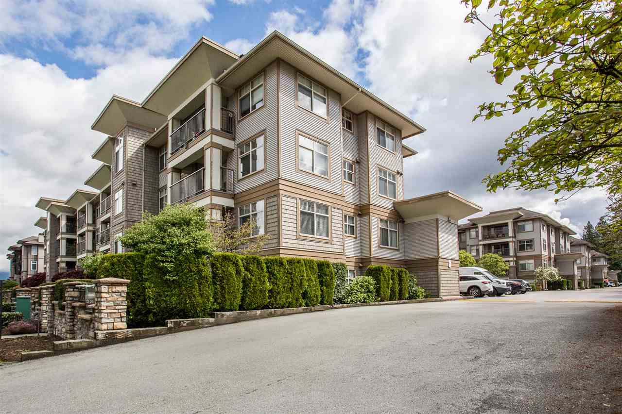 "Main Photo: 321 12238 224 Street in Maple Ridge: East Central Condo for sale in ""URBANO"" : MLS®# R2362151"