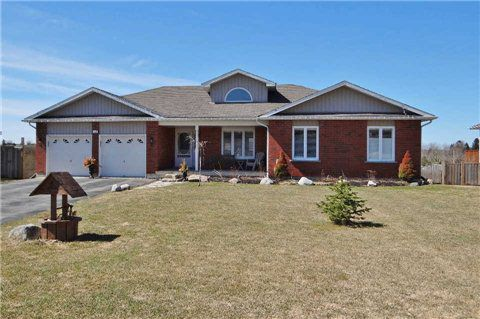 Main Photo: 12 St John Street in Amaranth: Rural Amaranth House (Bungalow) for sale : MLS®# X3166890