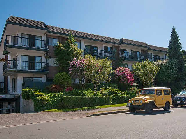 "Main Photo: 202 444 E 6TH Avenue in Vancouver: Mount Pleasant VE Condo for sale in ""TERRACE HEIGHTS"" (Vancouver East)  : MLS®# V1126560"