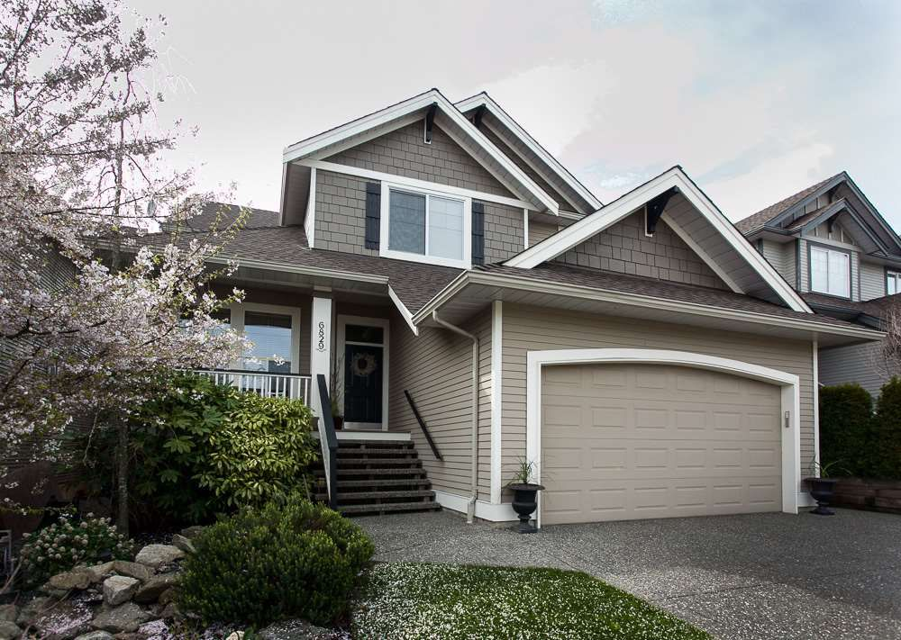 """Main Photo: 6829 196A Street in Langley: Willoughby Heights House for sale in """"Camden Park"""" : MLS®# R2155146"""