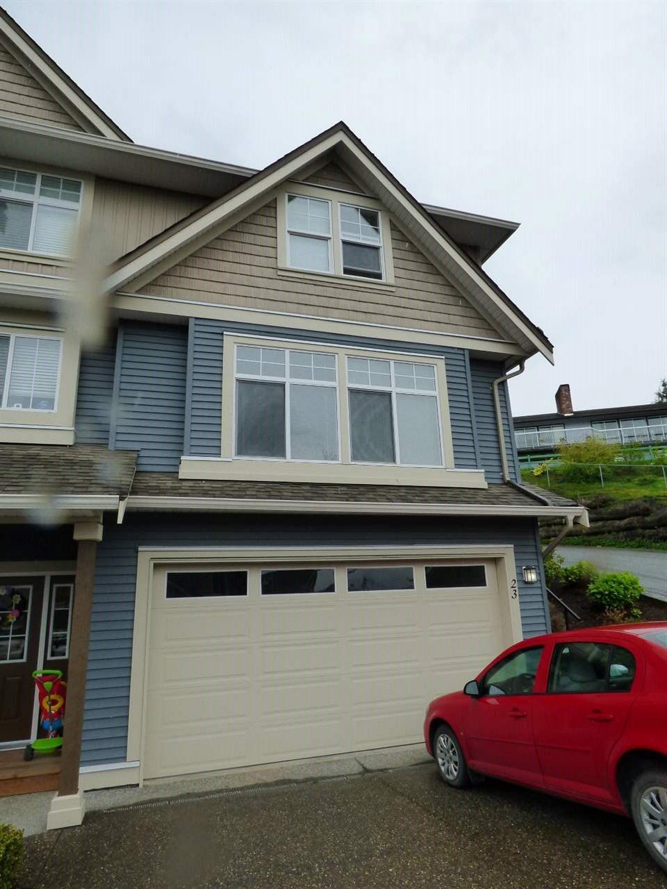"""Main Photo: 23 5648 PROMONTORY Road in Chilliwack: Promontory Townhouse for sale in """"GABLES AT COPPER CREEK"""" (Sardis)  : MLS®# R2161704"""