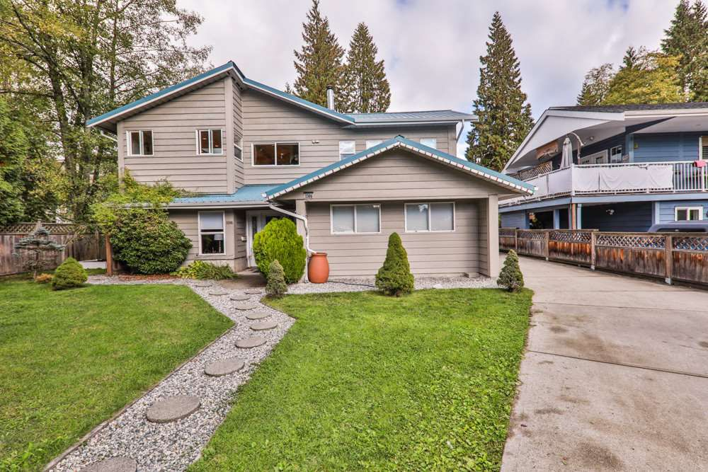 Main Photo: 1306 ST. STEPHENS Place in North Vancouver: Westlynn House for sale : MLS®# R2214543