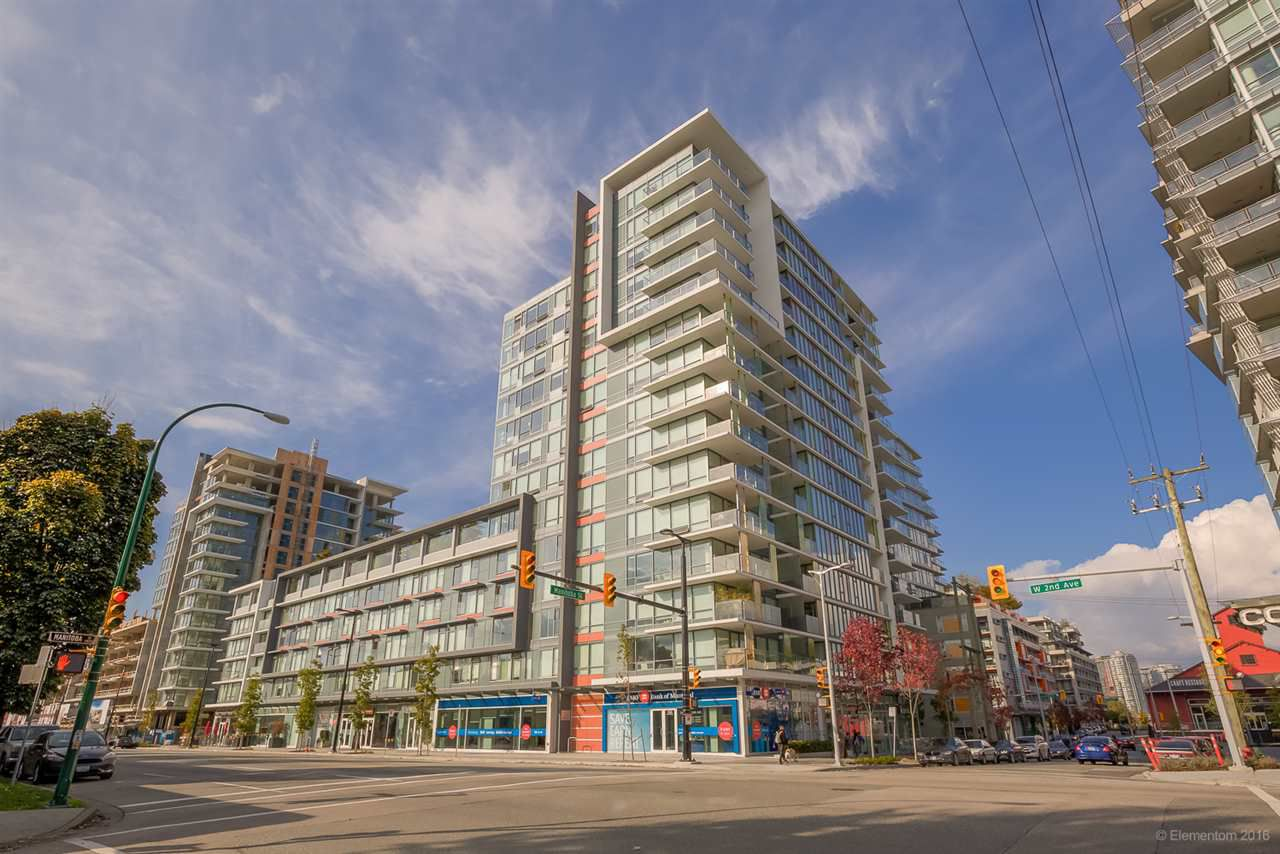 "Photo 1: Photos: 223 1783 MANITOBA Street in Vancouver: False Creek Condo for sale in ""RESIDENCE AT WEST"" (Vancouver West)  : MLS®# R2235634"