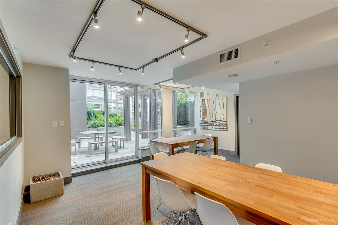 "Photo 20: Photos: 223 1783 MANITOBA Street in Vancouver: False Creek Condo for sale in ""RESIDENCE AT WEST"" (Vancouver West)  : MLS®# R2235634"