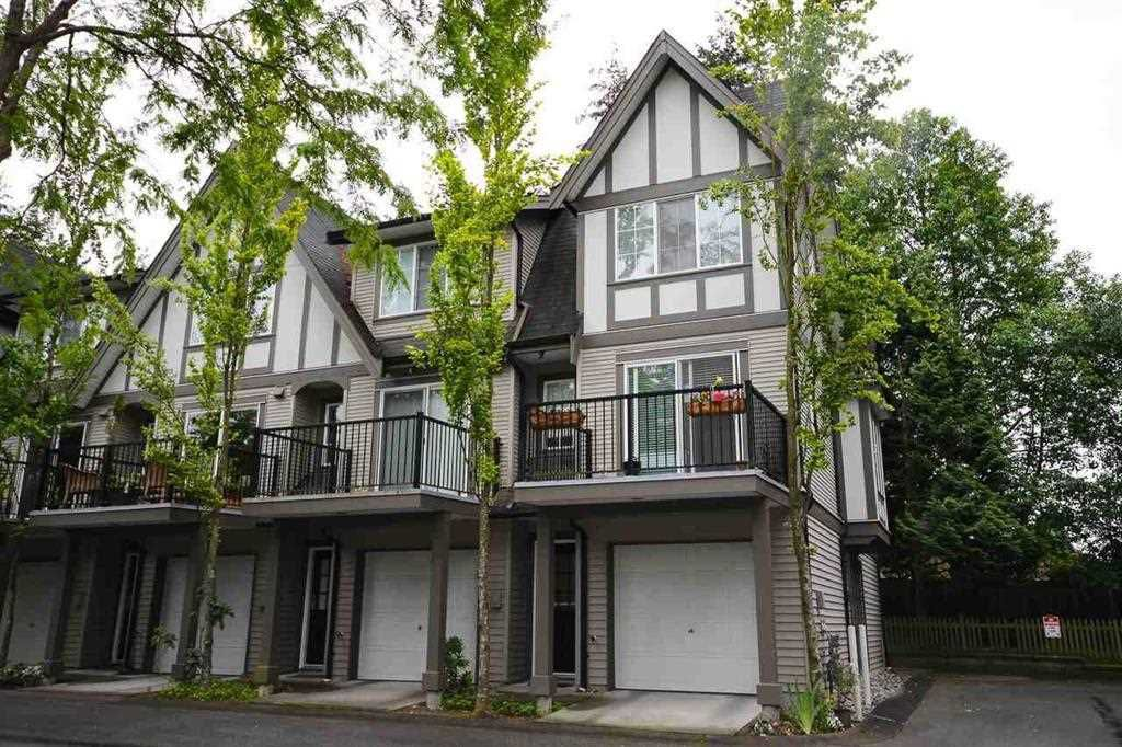"""Main Photo: 62 12778 66 Avenue in Surrey: West Newton Townhouse for sale in """"HATHAWAY VILLAGE"""" : MLS®# R2242633"""