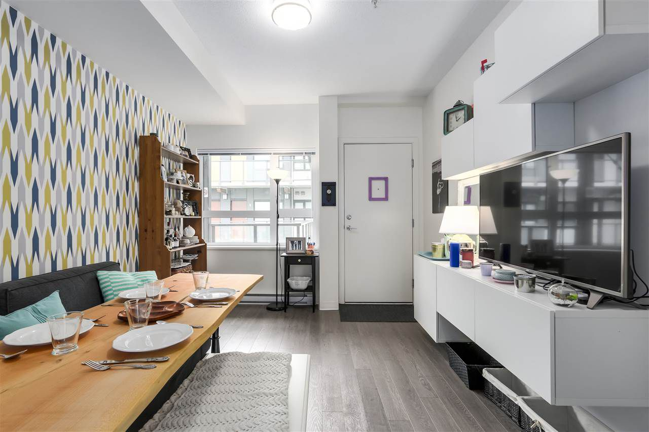 """Main Photo: 519 138 E HASTINGS Street in Vancouver: Downtown VE Condo for sale in """"SEQUEL 138"""" (Vancouver East)  : MLS®# R2292842"""