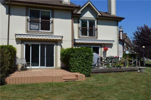 Main Photo: 21 21 Laguna Parkway in Ramara: Brechin Condo for sale : MLS®# S4295213