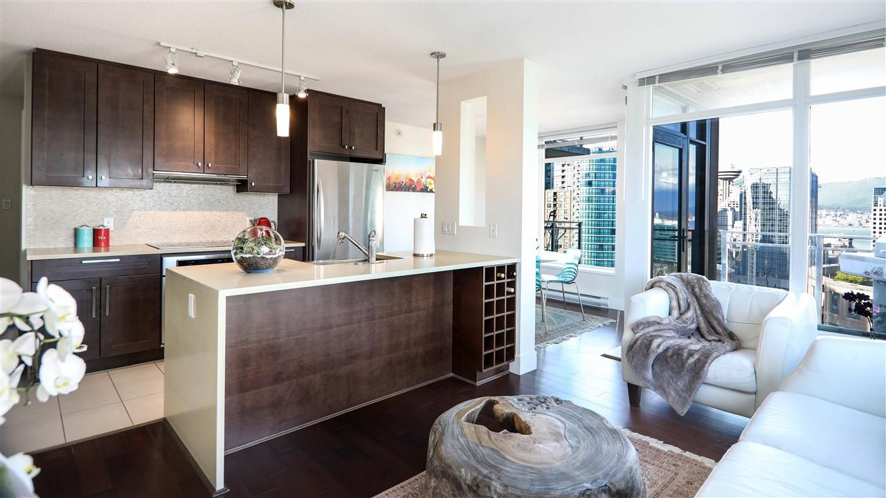 "Main Photo: 2605 888 HOMER Street in Vancouver: Downtown VW Condo for sale in ""THE BEASLEY"" (Vancouver West)  : MLS®# R2360569"