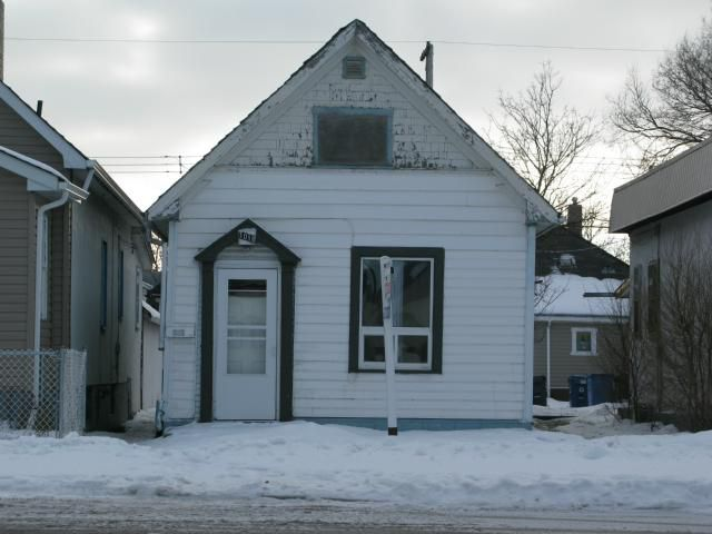 Photo 1: Photos: 1018 Burrows Avenue in WINNIPEG: North End Residential for sale (North West Winnipeg)  : MLS®# 1206815